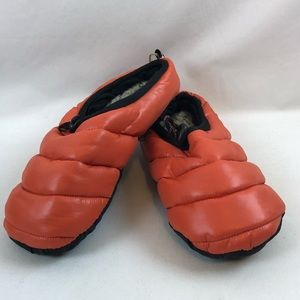 American Eagle Outfitters Orange Puffer Slippers